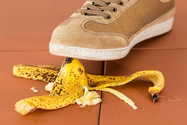 11 mistakes people make during a downfall
